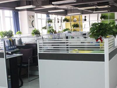 六盛公司办公环境